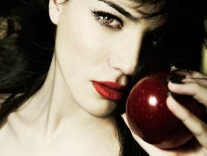 Фрукты и ягоды – залог здоровья яблоко