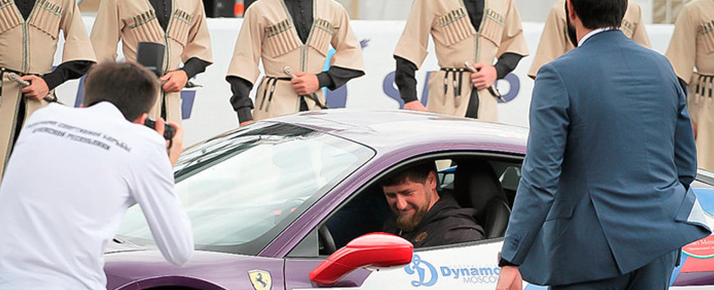 Реклама на городских праздниках в Чечне тест-драйв